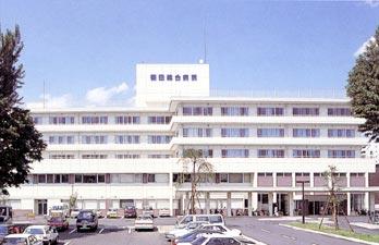 篠田総合病院外観写真